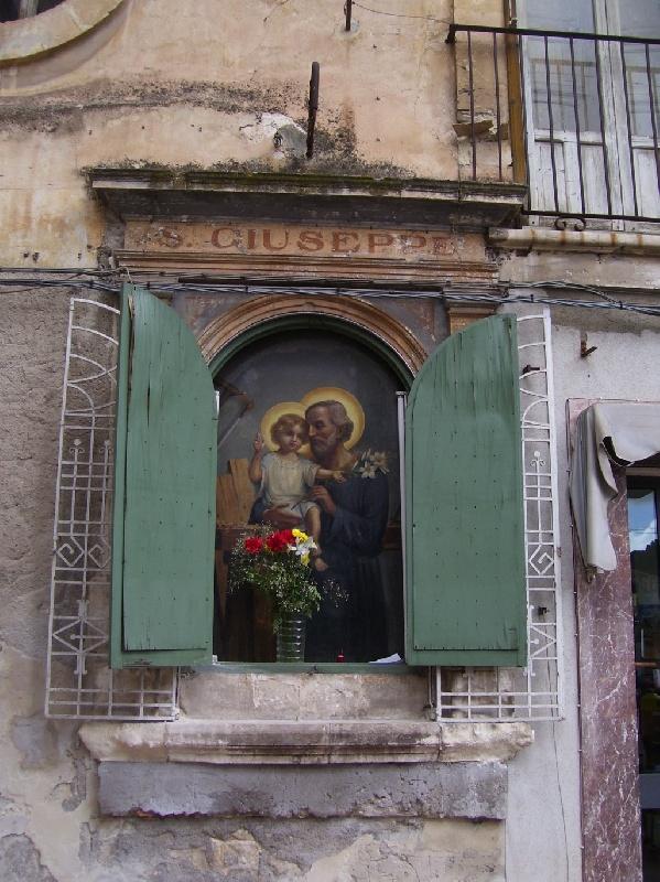 Mediterraneoweb tradizionale festa di s giuseppe for Casa tradizionale siciliana