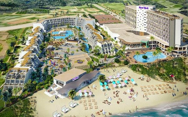 Hard Rock Hotel Ibiza en la playa d'en Bossa