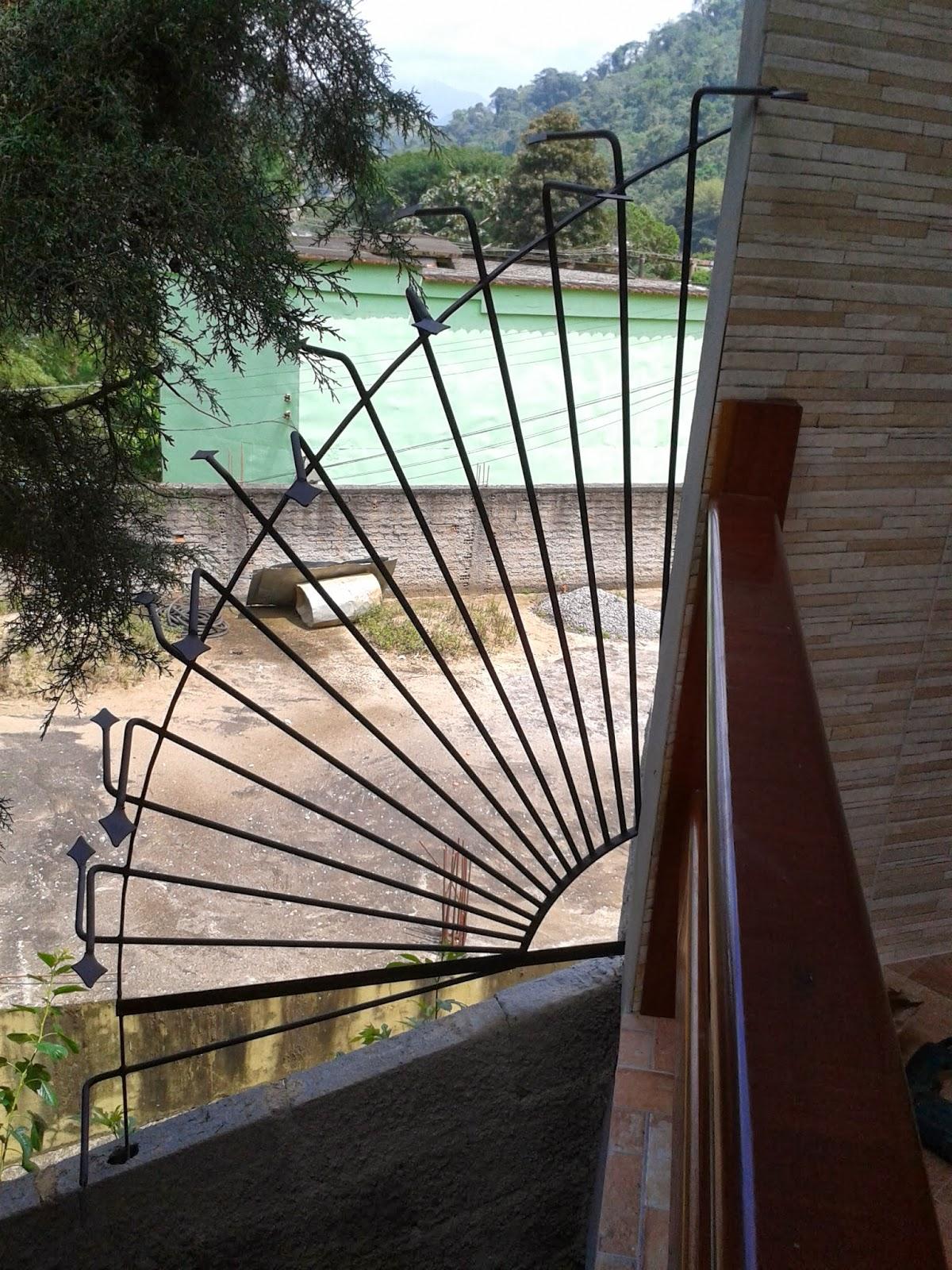 #4A8167  SERMAR: Grade de ferro em Arco com ponteiras para proteção de muro 566 Janelas Em Arco De Ferro