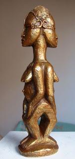 style contemporain africain : deux femmes identiques, collées dos à dos:
