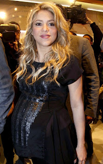 shakira, shakira pic, shakira hot pics, pics of shakira, shakira hot photos, photos of shakira,