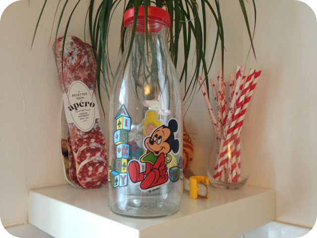 bouteille-lait-vintage-Disney-bebe-mickey