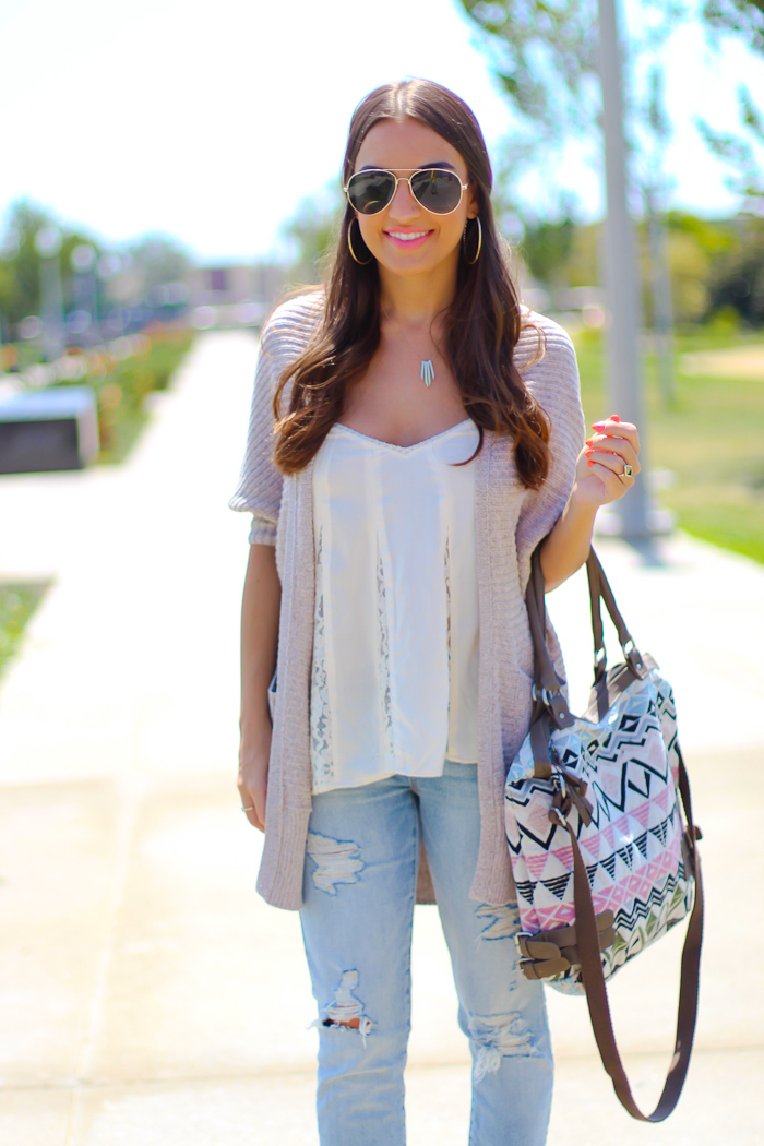 casual day outfit with american eagle outfitters boyfriend cardigan