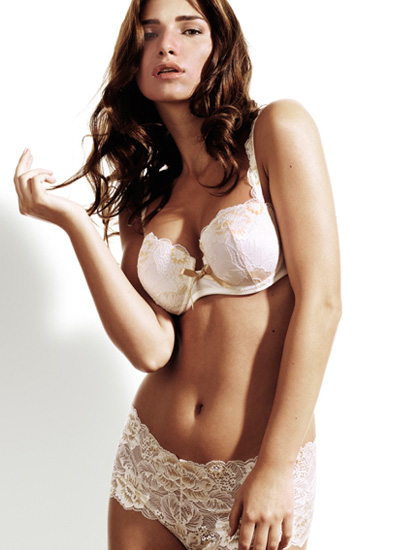 Sariana+lingerie-2011-14