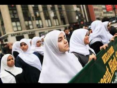 Muslimah Inggris Ini Ditendang dan Jilbabnya Dirobek