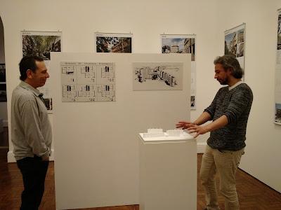Arquitetos da Synarqs na exposição de Cooperativas Habitacionais Uruguaias