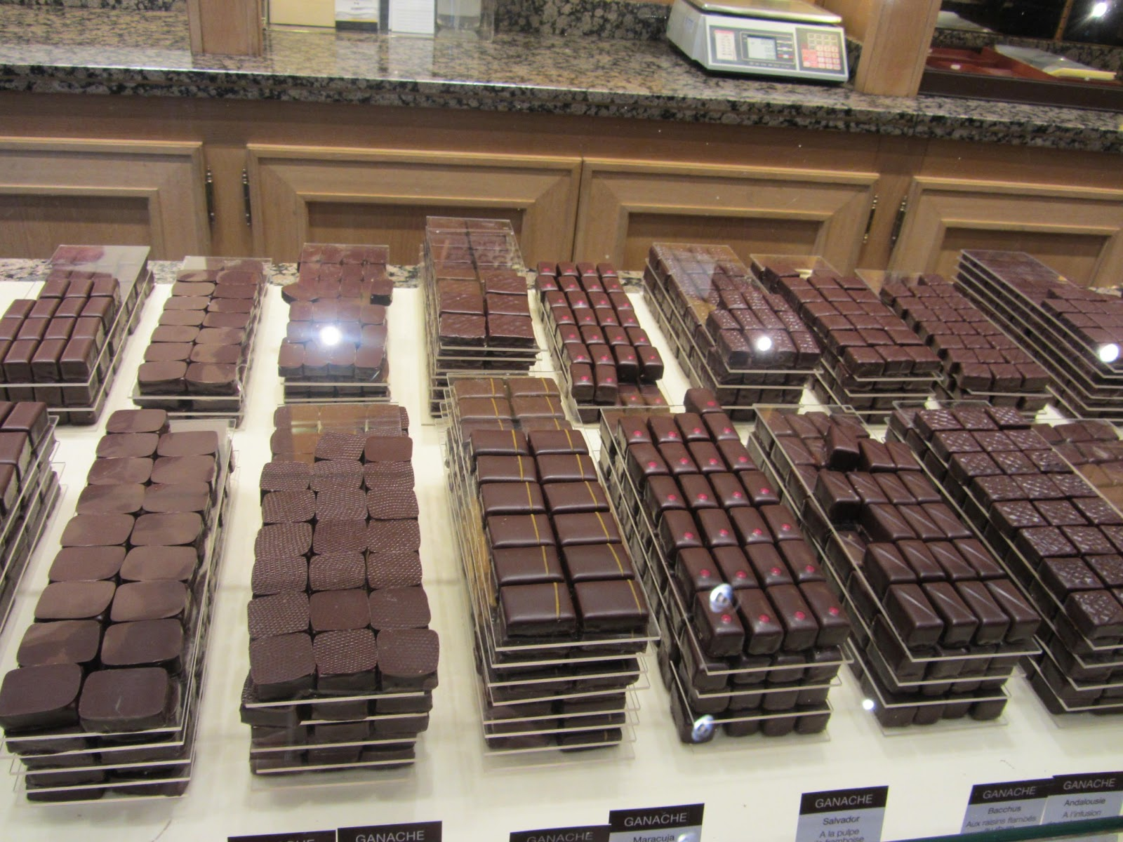 Itchy feet welcome paris chocolate tour - La maison du canape paris ...