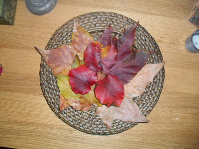 Crea tus centros de mesa con hojas secas en otoño