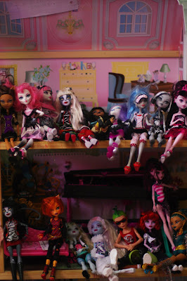Puking up Monster High…