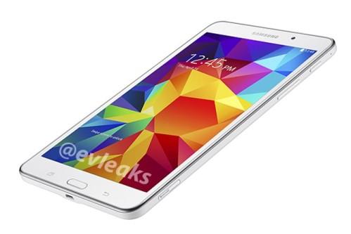 Compatto con spessore di 8,9 mm e un peso di 320 grammi il Samsung Galaxy Tab 4 7.0