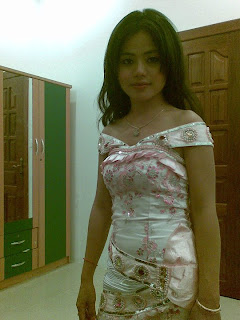 Hor Raksakosal Khmer beautiful wife 3