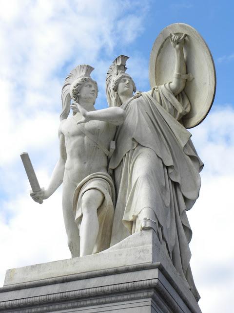 Statues Berlin