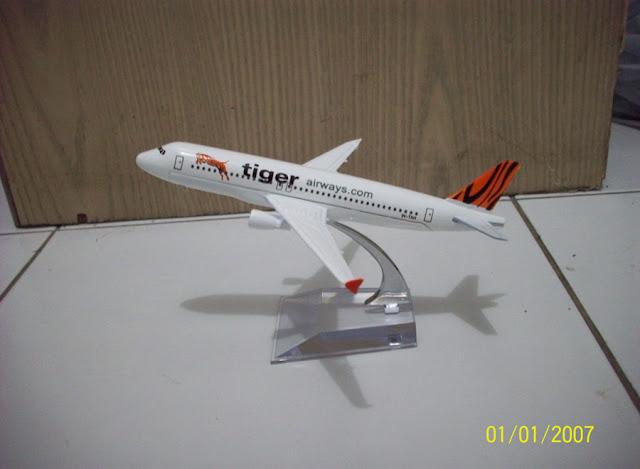 Tiger B737 400
