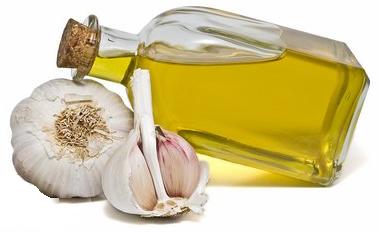 Health Benefits of Garlic Oil