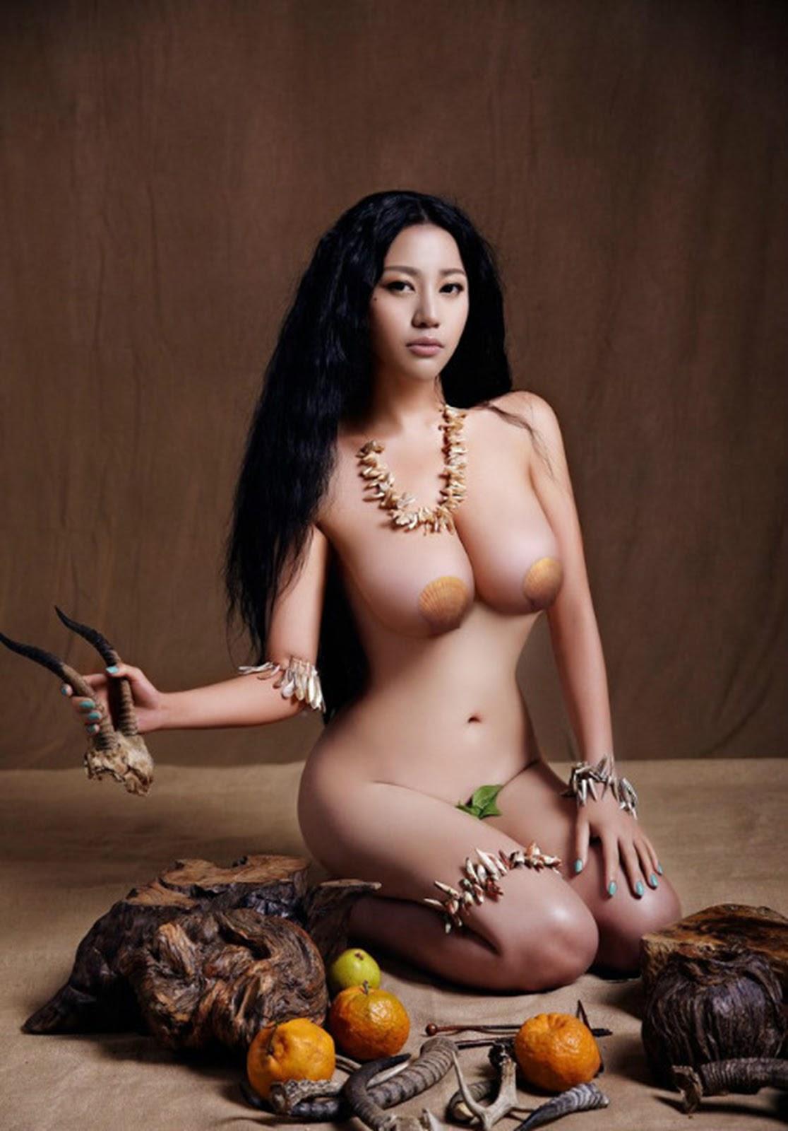 Огромные сиськи китаянок 16 фотография