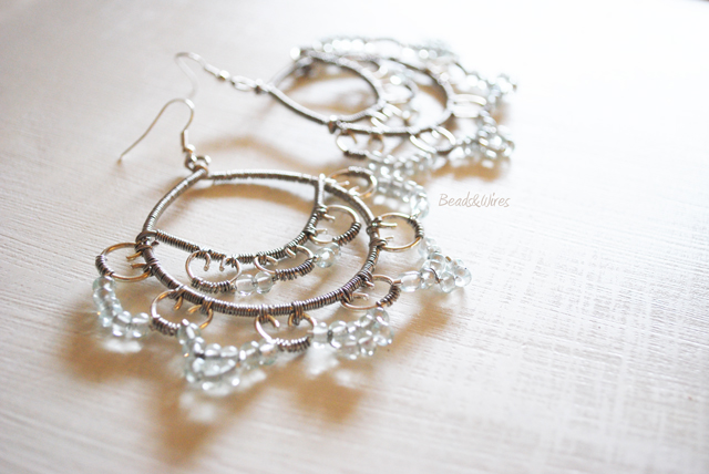 beads and wires ice & grey earrings