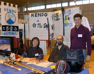 Minori, Cyril et Jean-Philippe vous accueillent sur le stand Hakuyu-Kai !