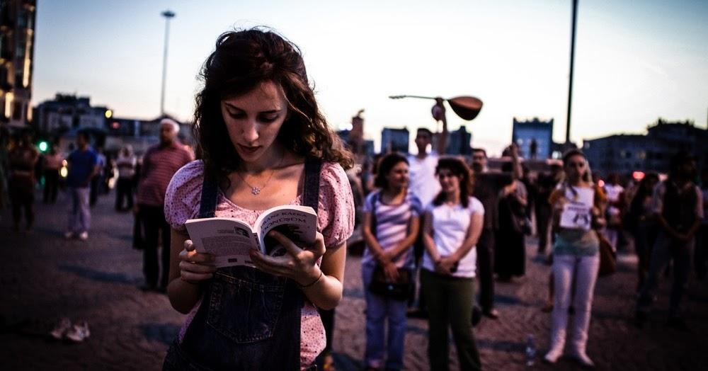 Taksim Meydanı Kitap Kulübü