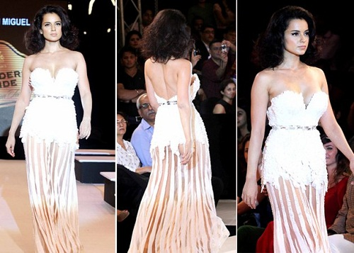 Bollywood Wardrobe Malfunctions