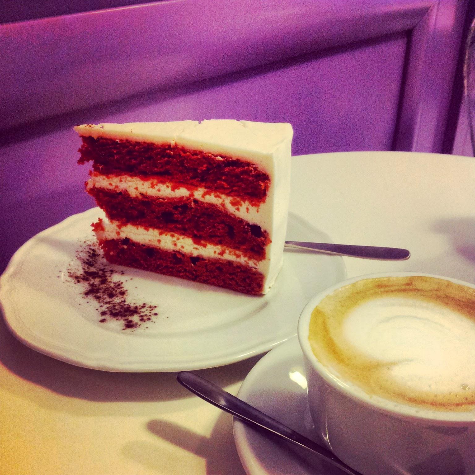Miss Cake - red velvet cake