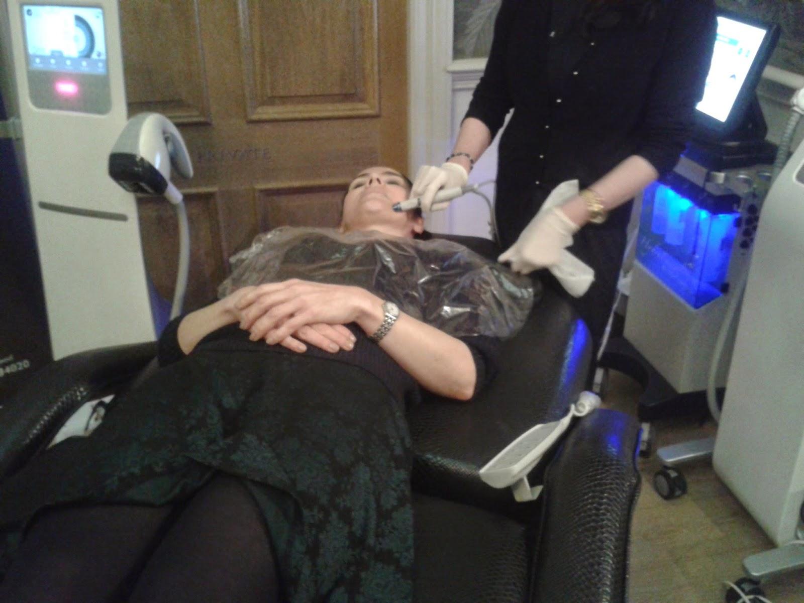 REVIEW A Celebrity Red Carpet Facial with Revere Clinics