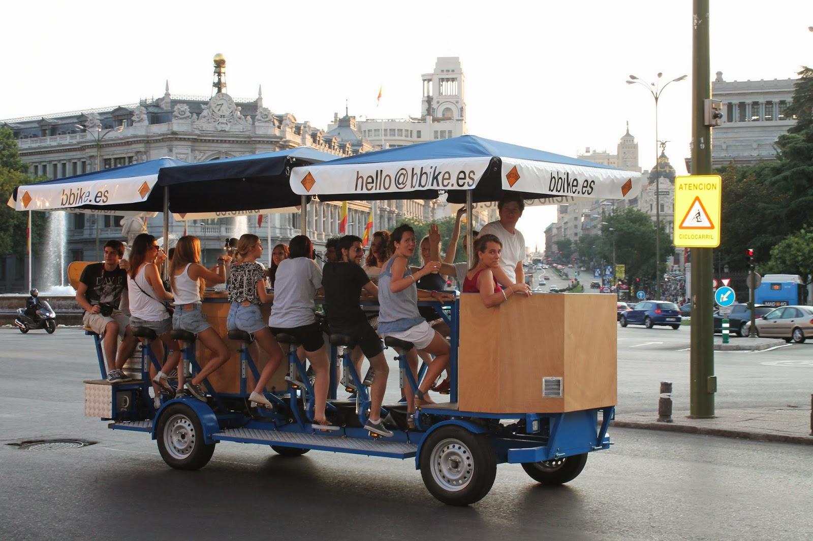 Madrid v lo bbike le bar roulant for Bar roulant de jardin