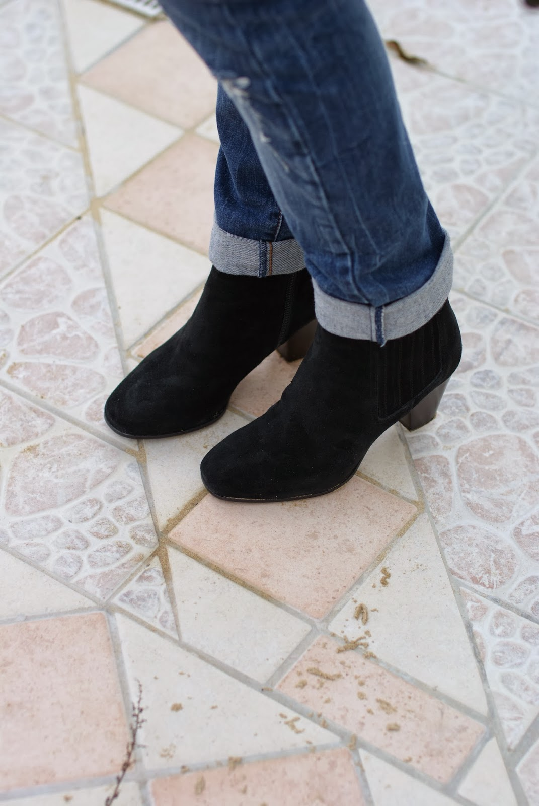 Isabel Marant dicker boots lookalikes, B&H shoes, Fashion and Cookies, fashion blogger