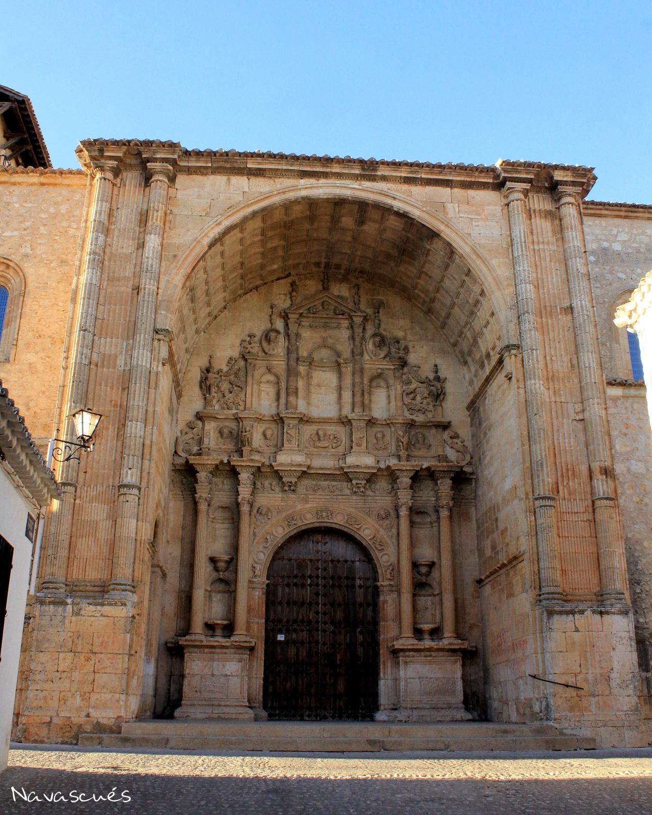 Pórtico de la Iglesia de Santa María