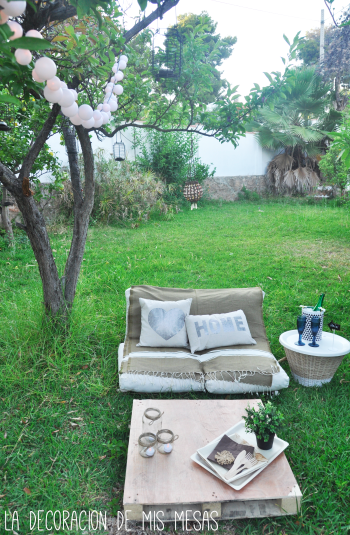 Un peque o chill out en el jard n for Camas balinesas para jardin