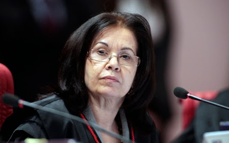 Ministra do TSE mantém Rosalba Ciarlini à frente do Governo do RN