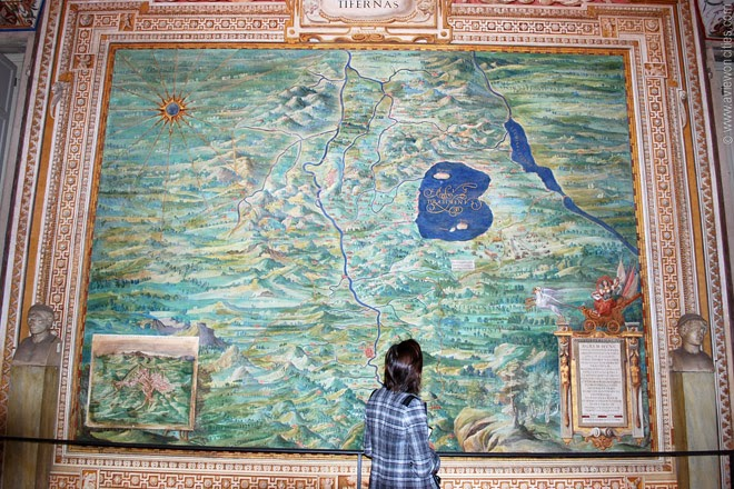 Perugia-Gallery-of-Maps-Vatican-Museums