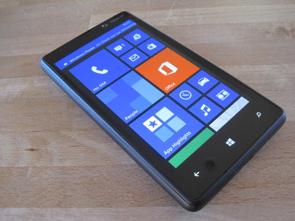 Harga Dan Spesifikasi Nokia Lumia 820 Hp Windows Phone 8 Harga Dan