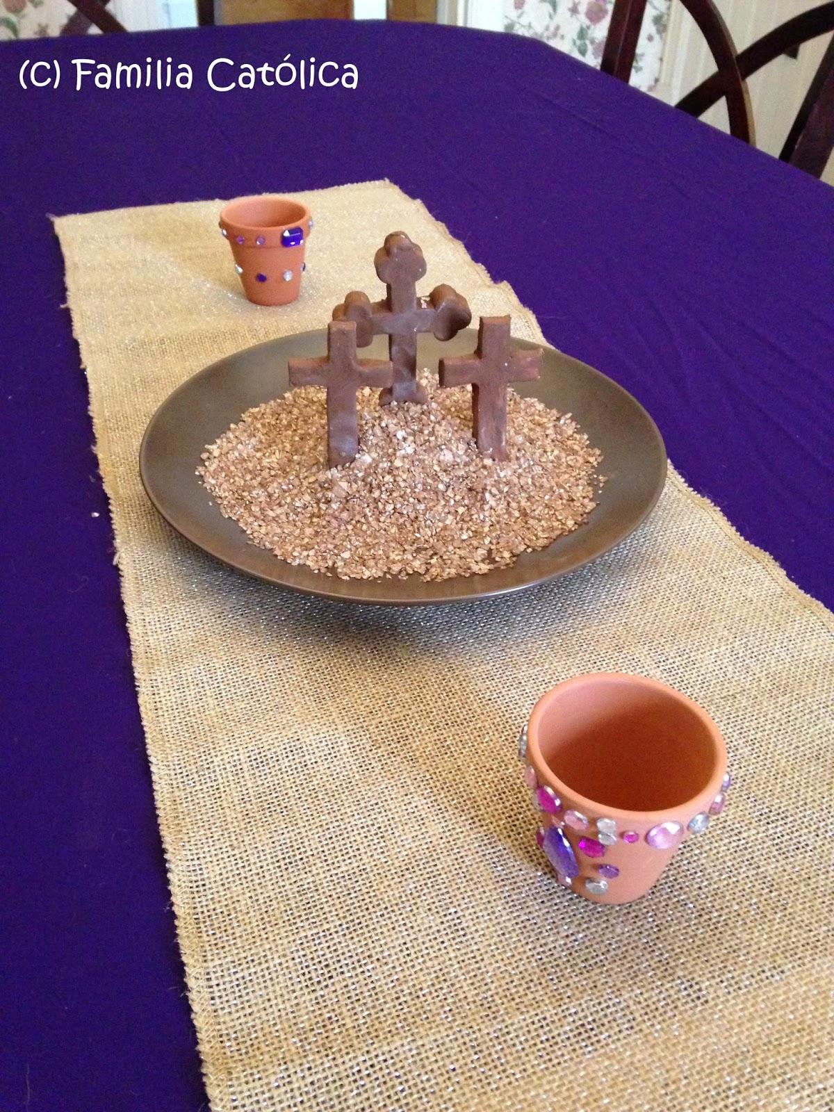Familia cat lica cruces de arcilla para decorar la mesa - Como se sirve en la mesa ...