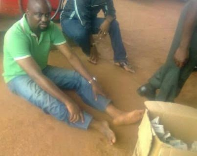 Pics: PDP House of Reps aspirant allegedly caught with 4000 PVCs in Enugu  01
