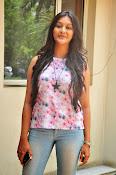 Pooja jhaveri new glam pics-thumbnail-9