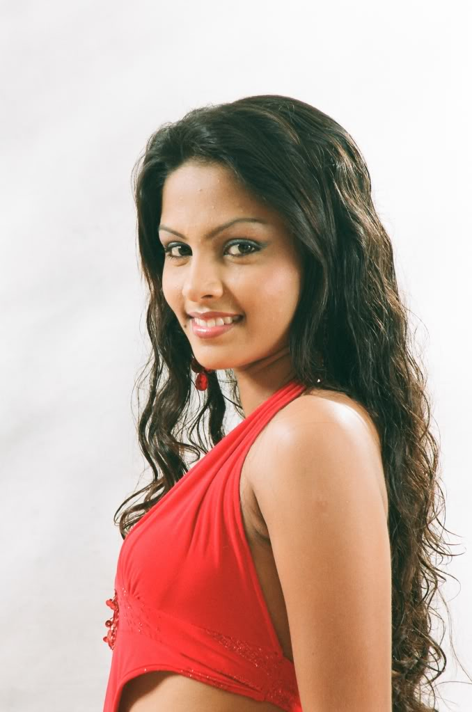 Sri Lankan Actress Shalani Tharaka