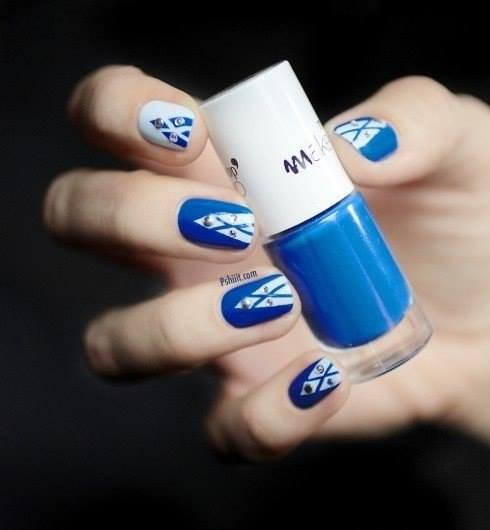 Blue Rhinestones Nail art | Nails