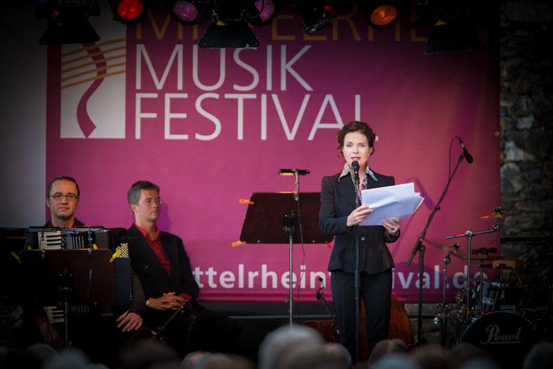 Gudrun Landgrebe beim Musik-Festival - Foto: P!ELmedia