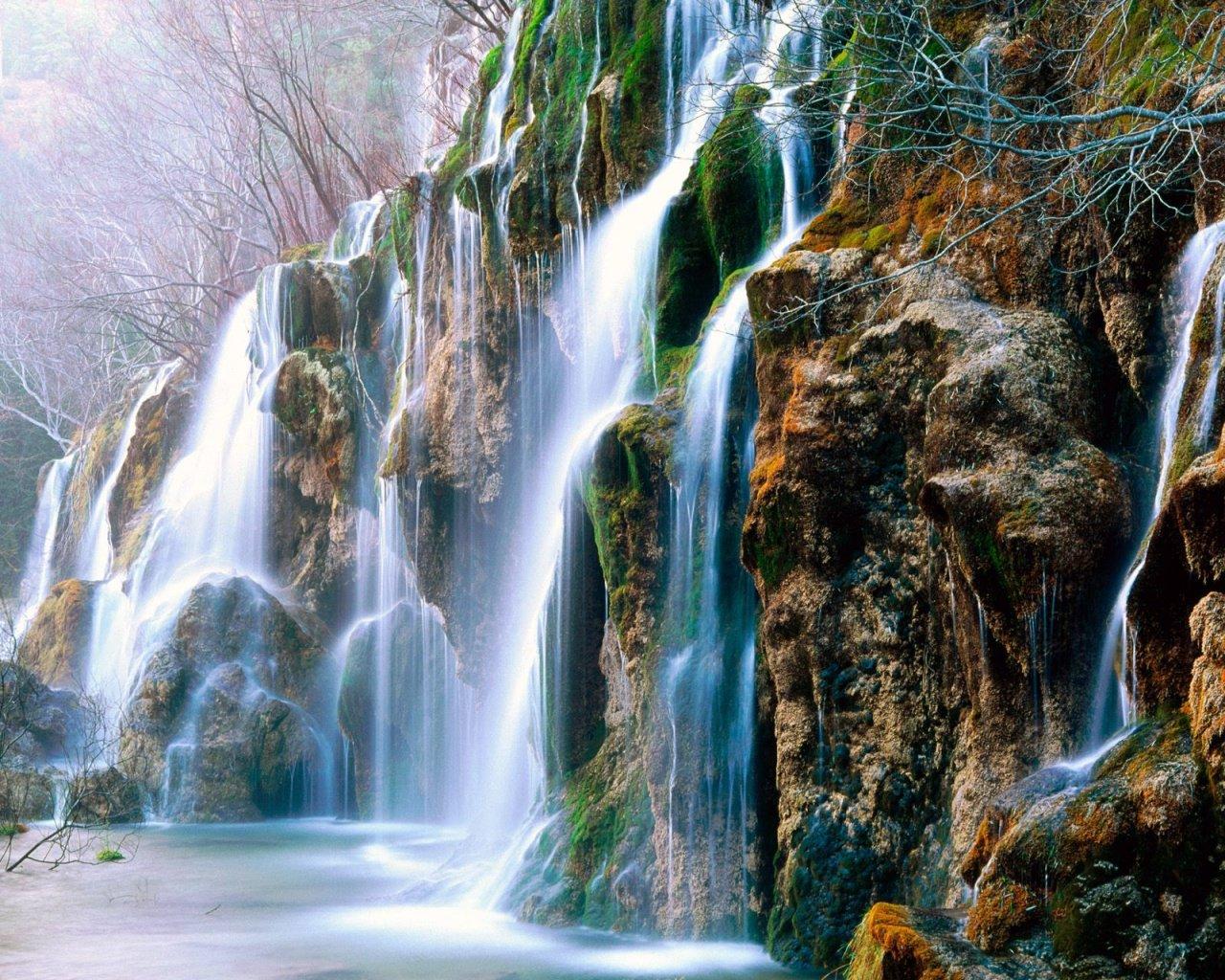 http://4.bp.blogspot.com/-G2ZgwThXRAM/T8roT3WBn6I/AAAAAAAACj0/QuxUwcI1dq8/s1600/source-of-the-river-cuervo-cuenca-province-spain-1280x1024.jpg