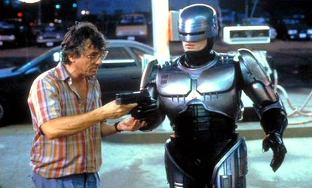 post en honor de robocop
