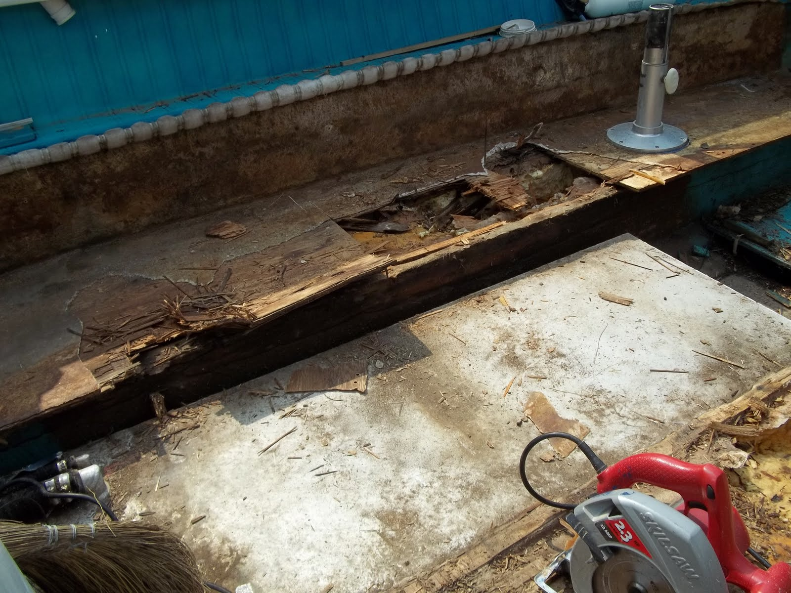 Fix your old boat how to repair rotten deck in fiberglass for What to do with an old boat