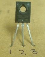 menentukan-kaki-transistor-bd139