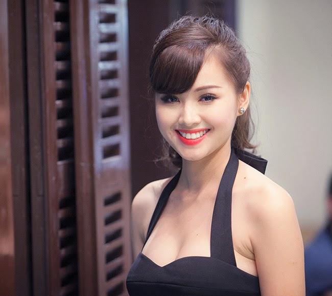 Tam Tit sexy Photo