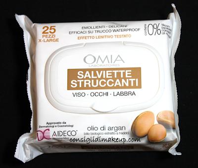 Review: Salviette Struccanti Viso, Occhi e Labbra all'olio di Argan - OMIA