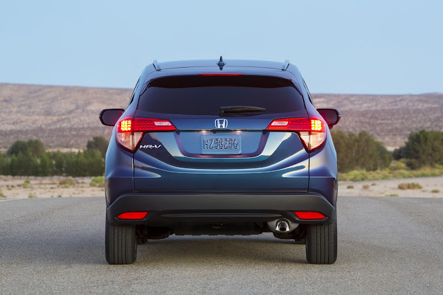 Rear view of 2016 Honda HR-V