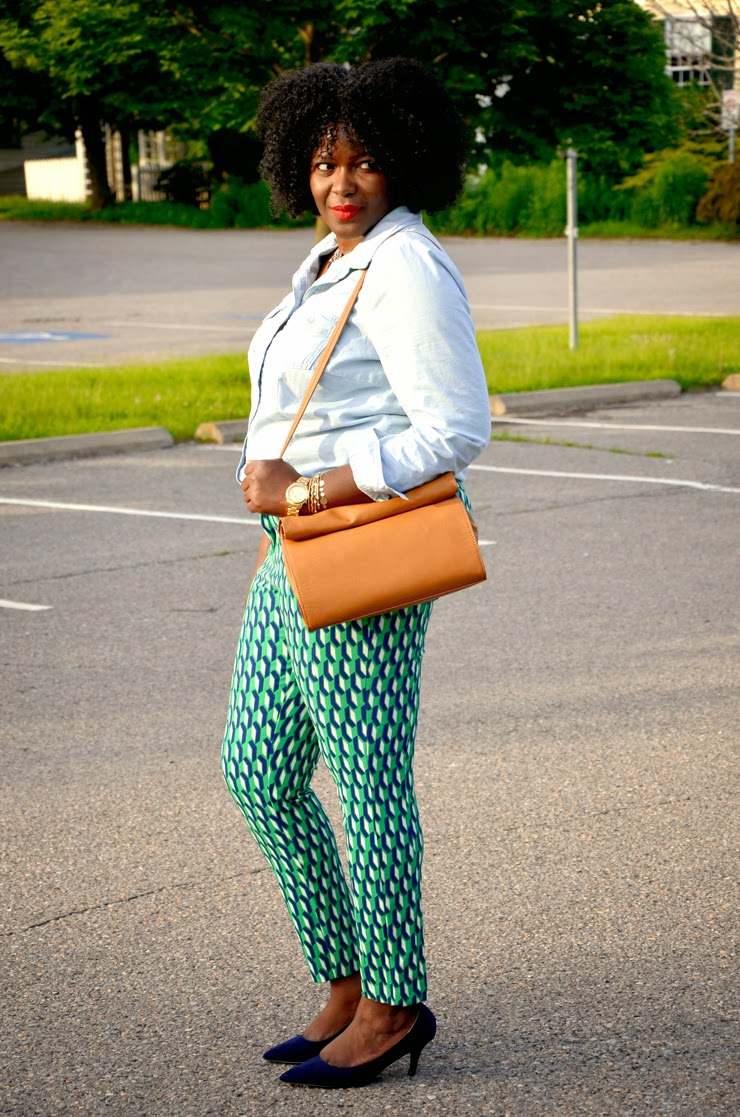 Plus size Style inspiration: printed pants + Chambray shirt +zara lunch bag