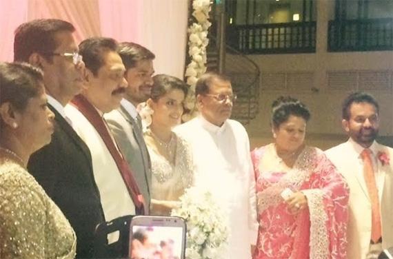 Former Sri Lankan President Mahinda Rajapaksa & Present President Maithripala Sirisena at Vinil manik daughter's Wedding