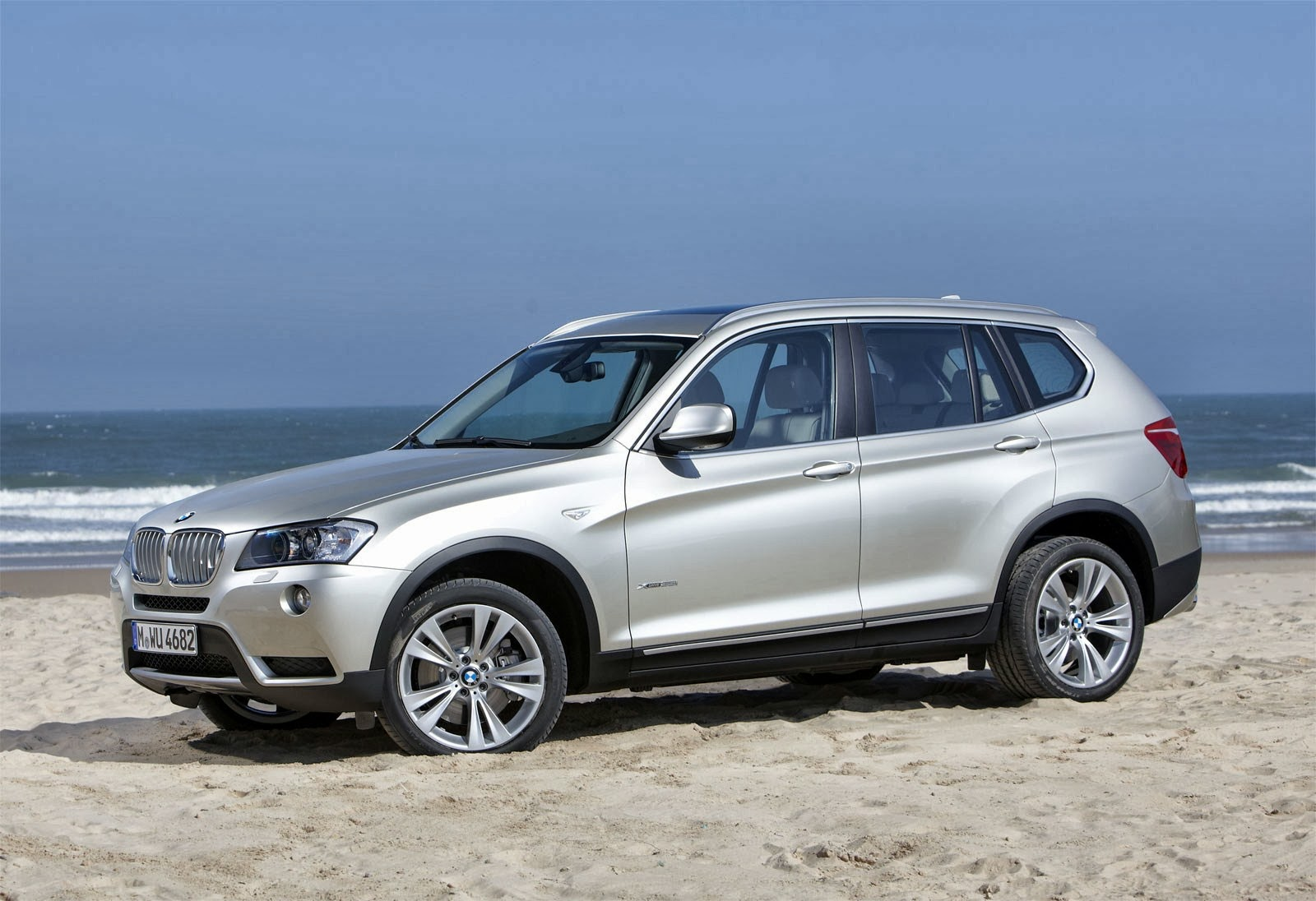 Bmw X3 Xdrive35i Suv Car Review Prices Information