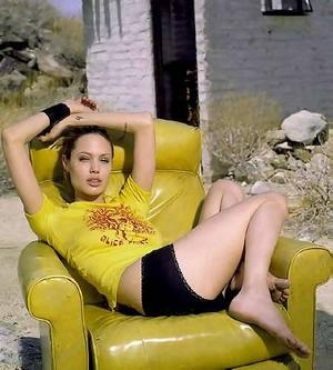 Angelina Jolie-223