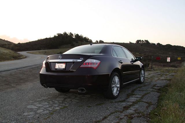 2012-Acura-RL-Back
